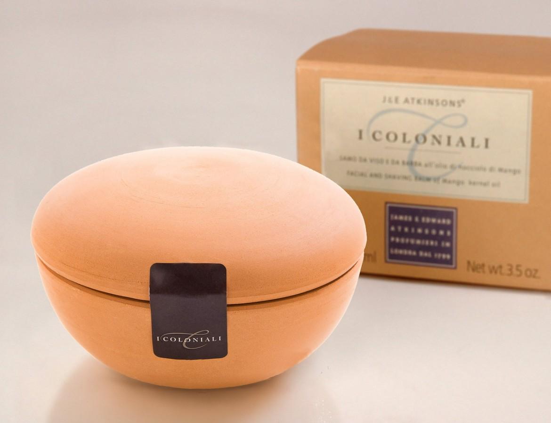 Mydło J&E Atkinsons I Coloniali Shaving Cream Mango sprzedawane jest w ładnym terakotowym tyglu