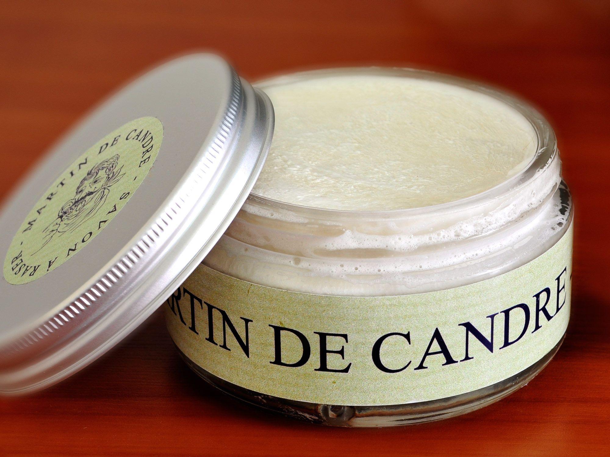 Oryginalne opakowanie z mydłem do golenia Martin de Candrea