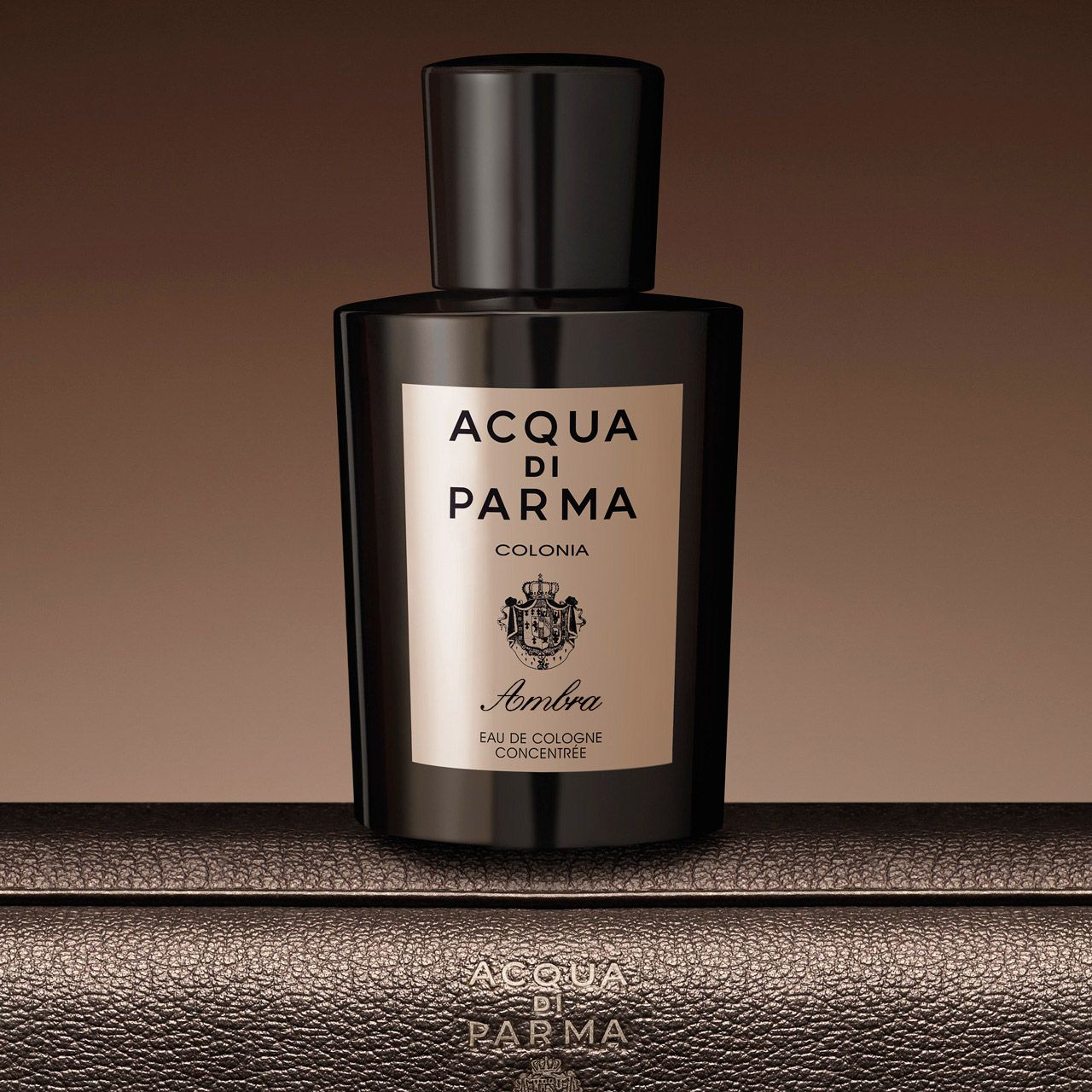 simple-smell-aqua-di-parma-oriental