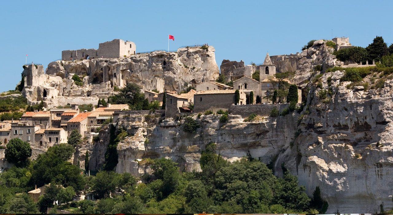 Zamek Les Baux (zdjęcie Wikipedia)