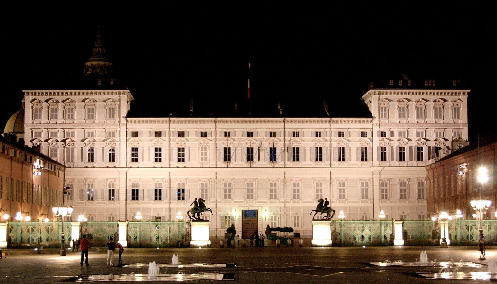 Pałac Królewski w Turynie (Palazzo Reale di Torino) – zdjęcie Wikipedia