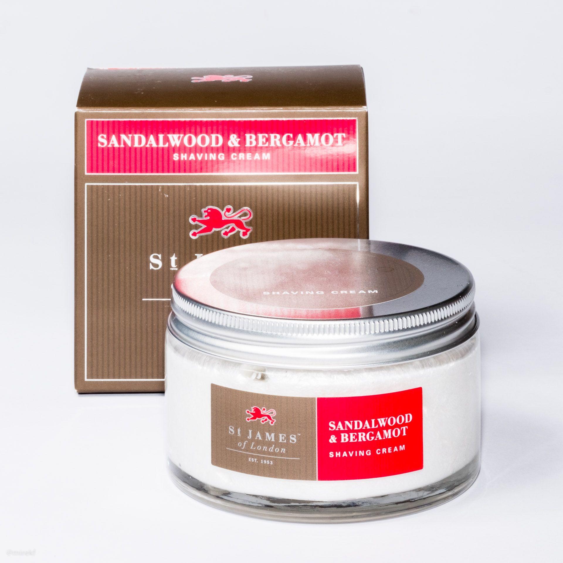 Opakowanie kremu do golenia St. James of London Sandalwood & Bergamot Shaving Cream