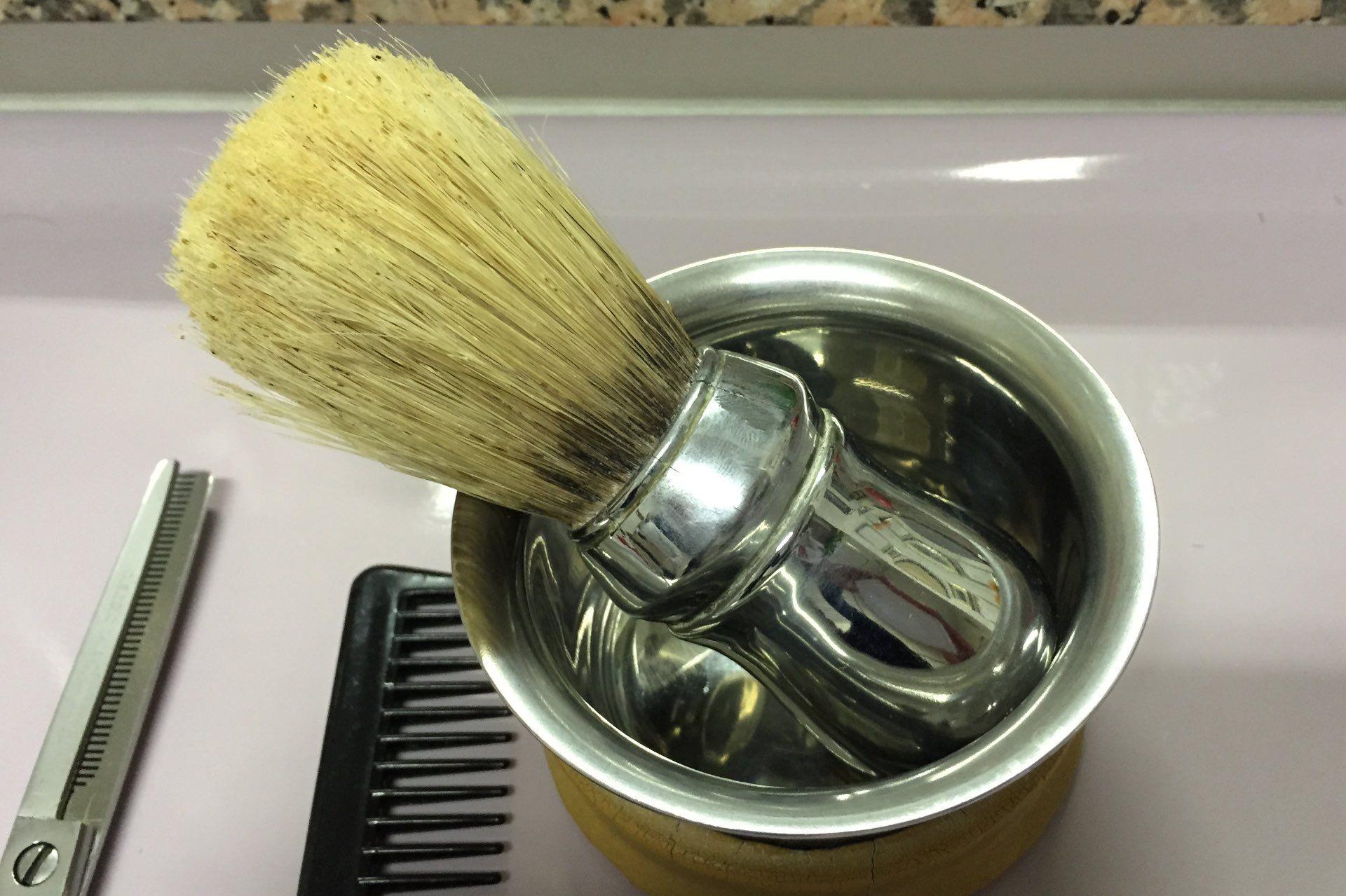 Pędzel do golenia Omega Professional w salonie Italo Fracella (Bolzano)
