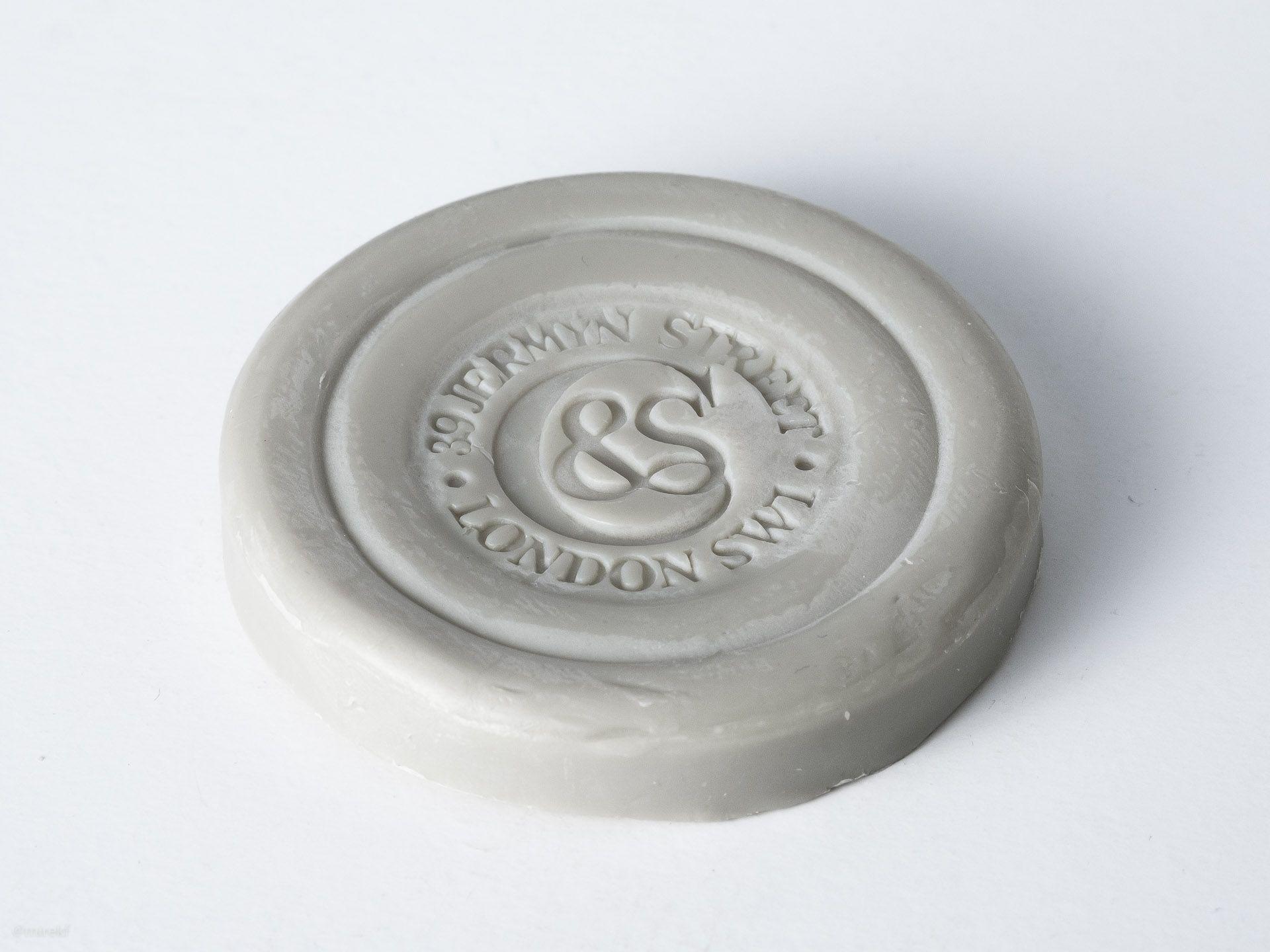 Krążek mydła do golenia Czech & Speake No. 88w wielkości podróżnej (25 g)