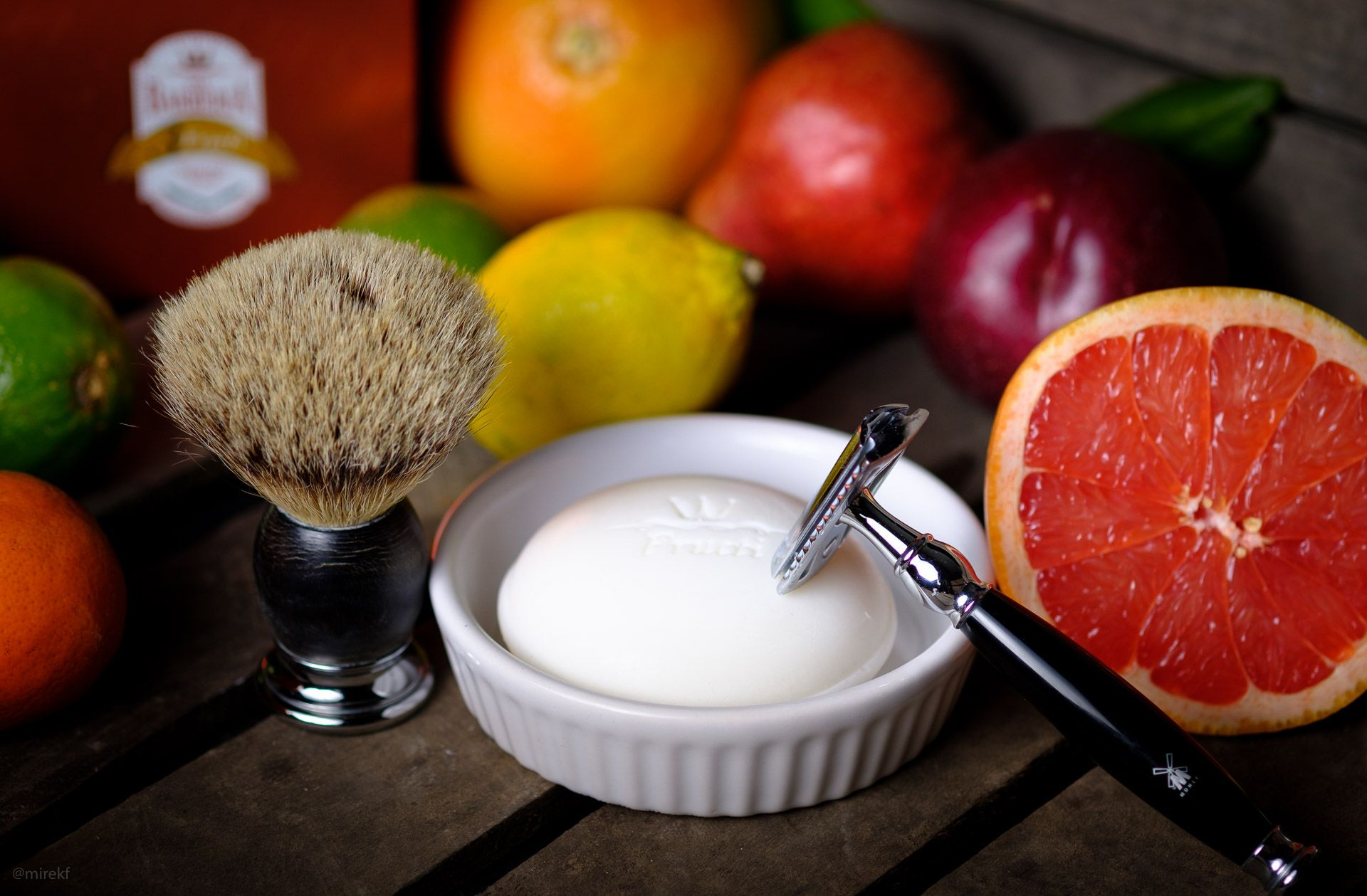 Via-Barberia-Fructi-Shaving-Soap-scenka