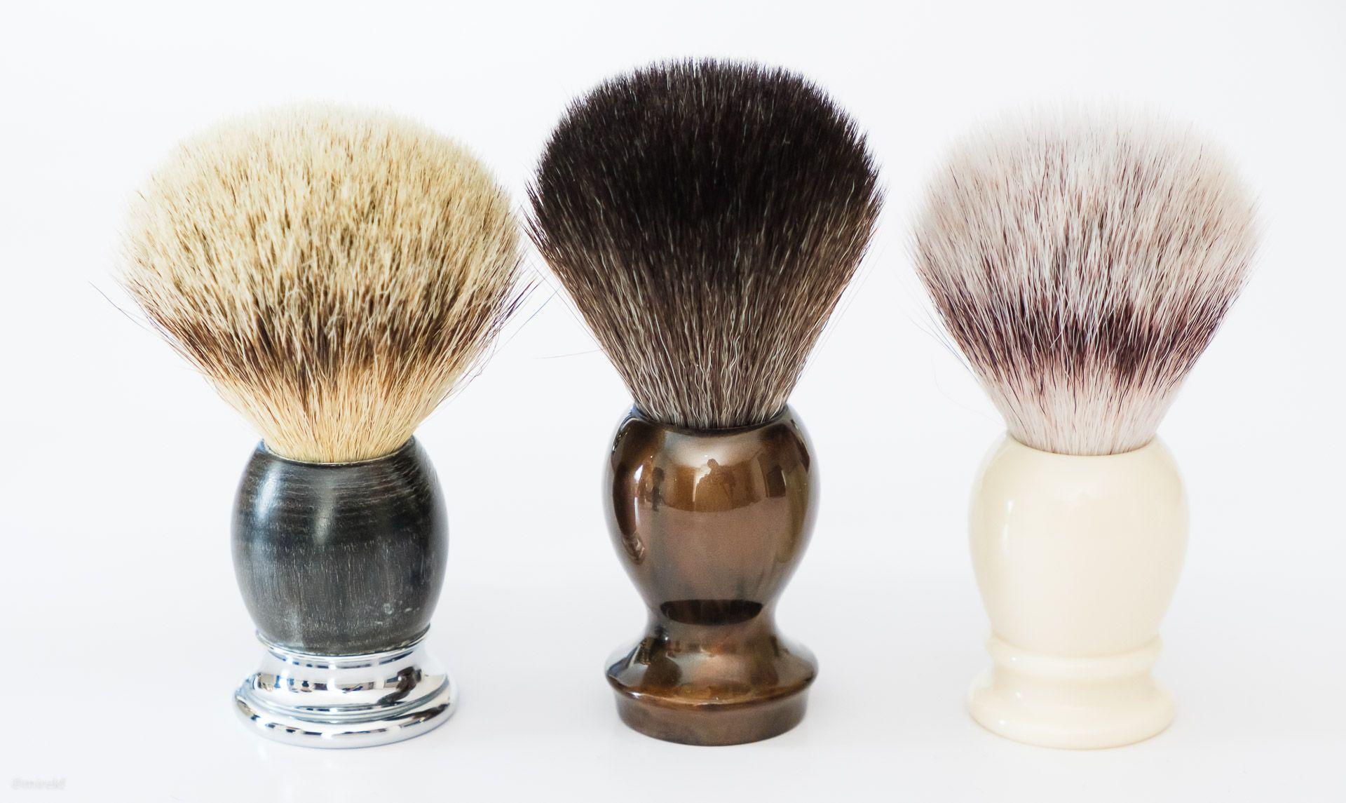 Syntetyczny pędzel do golenia Muhle Classic 33K257 Synthetic Silvertip Fibres, ivory – porównanie z Mühle Sophist Silvertip Badger Brush ∅23 mm i Maggard Razors Synthetic Shaving Brush Bronze ∅22 mm