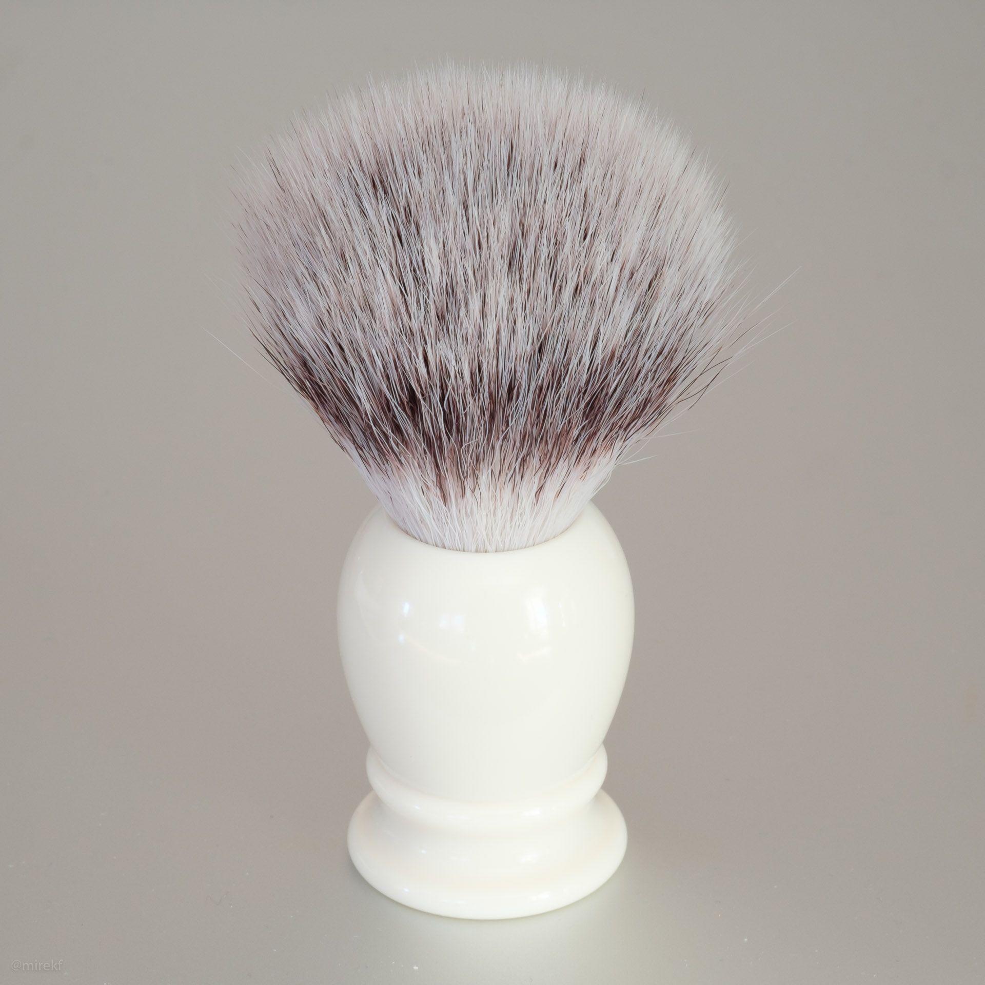 Syntetyczny pędzel do golenia Muhle Classic 33K257 Synthetic Silvertip Fibres, ivory