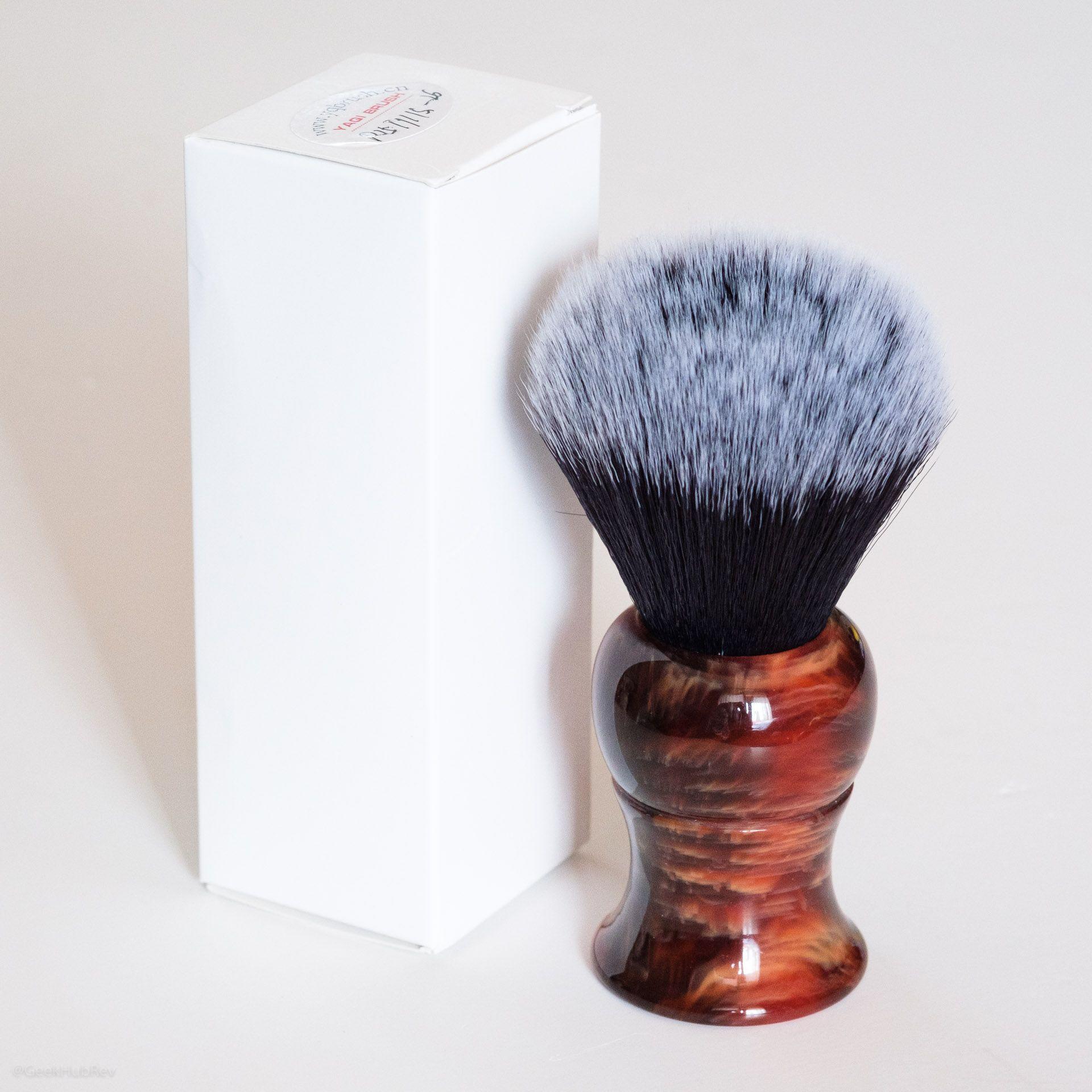 Opakowanie pędzla Yaqi Tuxedo 26 mm Shaving Brush