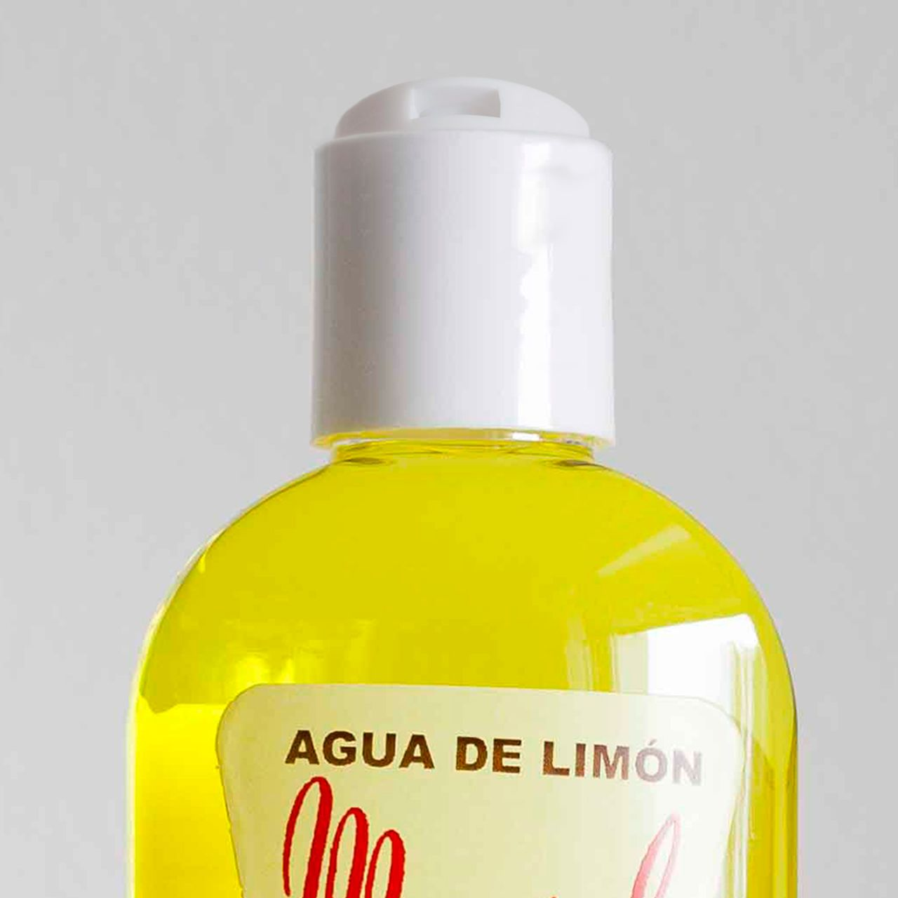 Dozownik wody po goleniu Myrsol Agua de Limón (zdjęcie Dzik i Borsuk)