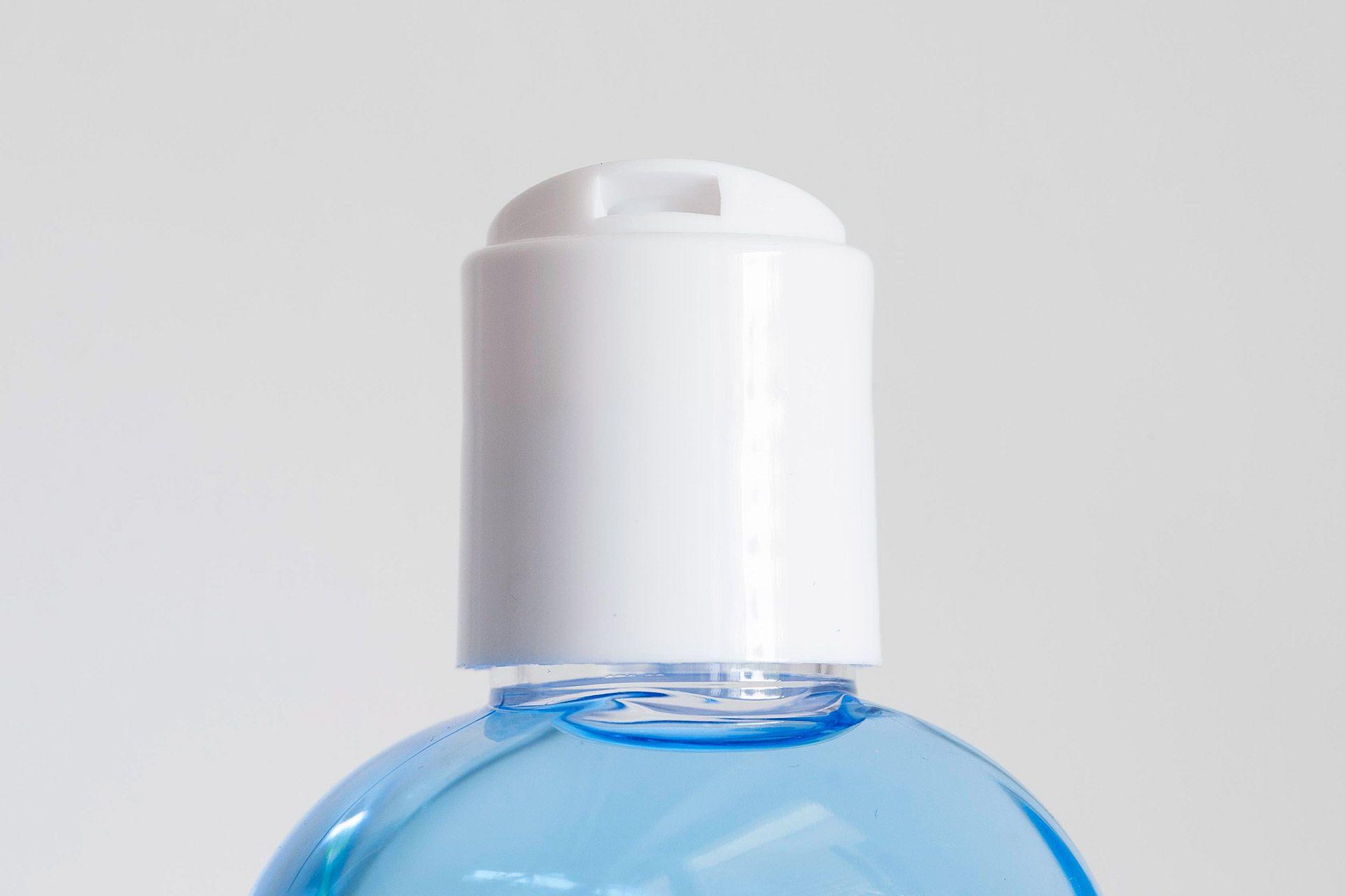 Dozownik w plastikowym opakowaniu Myrsol After Shave Blue