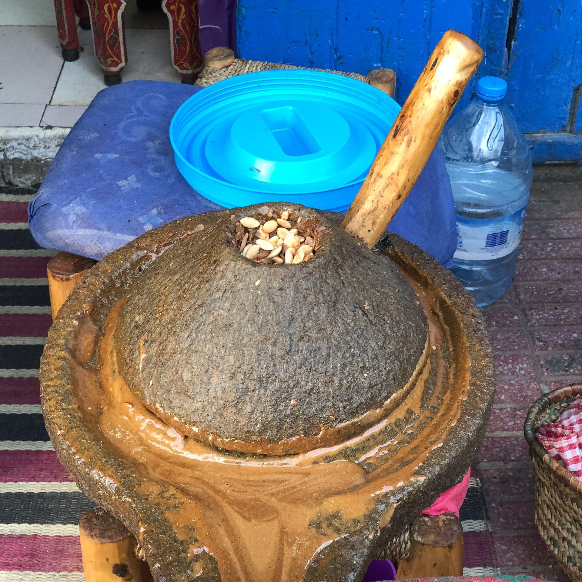 Produkcja oleju arganowego (As Sawajra, Maroko)