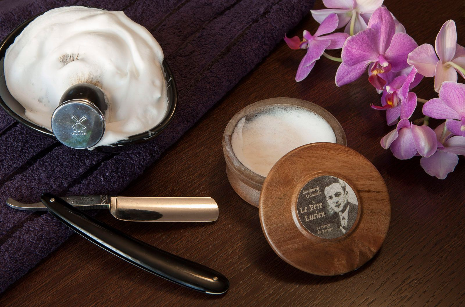 You are currently viewing Le Père Lucien Le Savon du Barbier Traditional – recenzja mydła do golenia