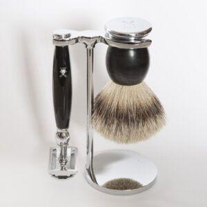 Read more about the article Zestaw do golenia Mühle Sophist (maszynka na żyletki, pędzel i stojak) – recenzja
