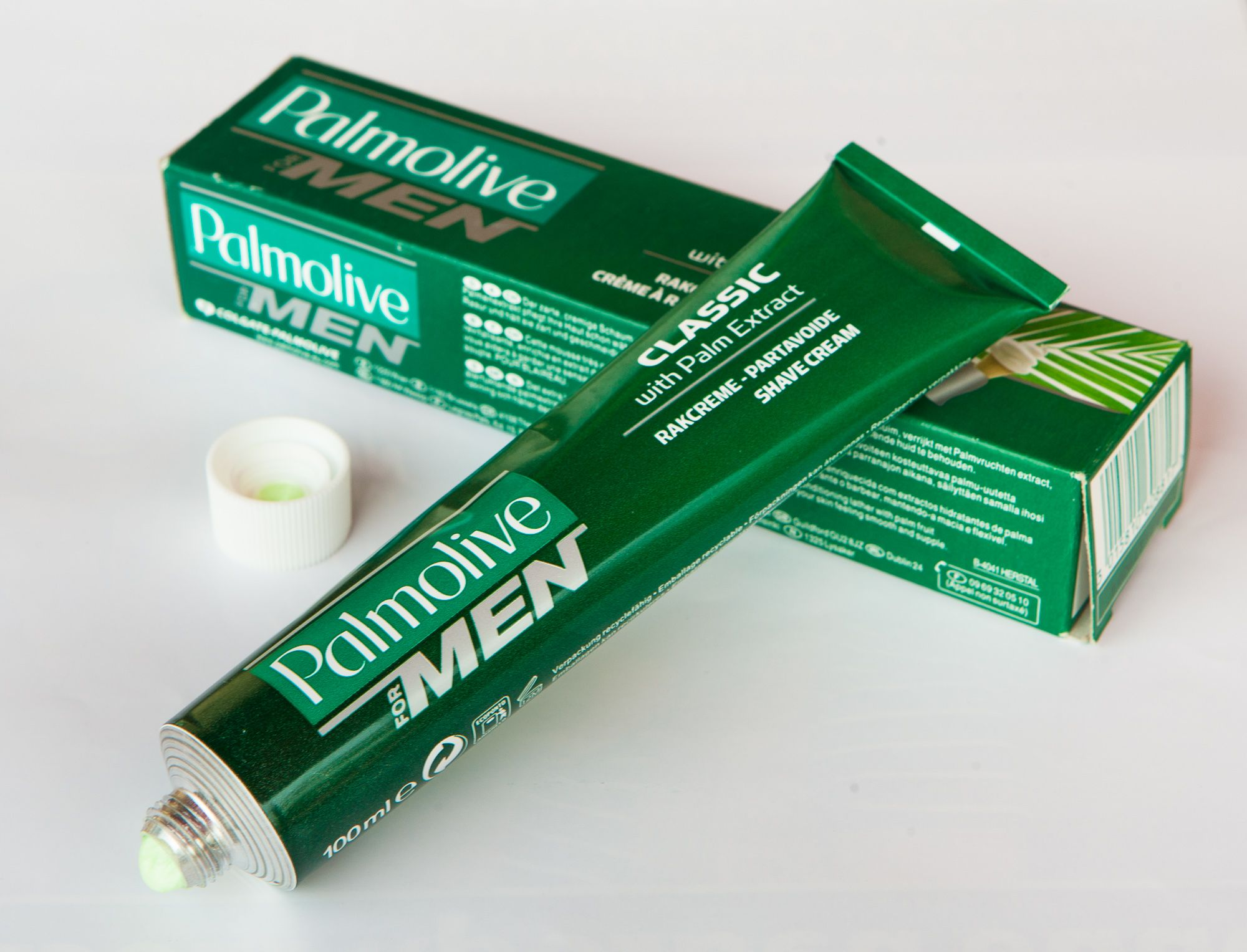 You are currently viewing Palmolive Classic Shave Cream with Palm Extract – recenzja kremu do golenia