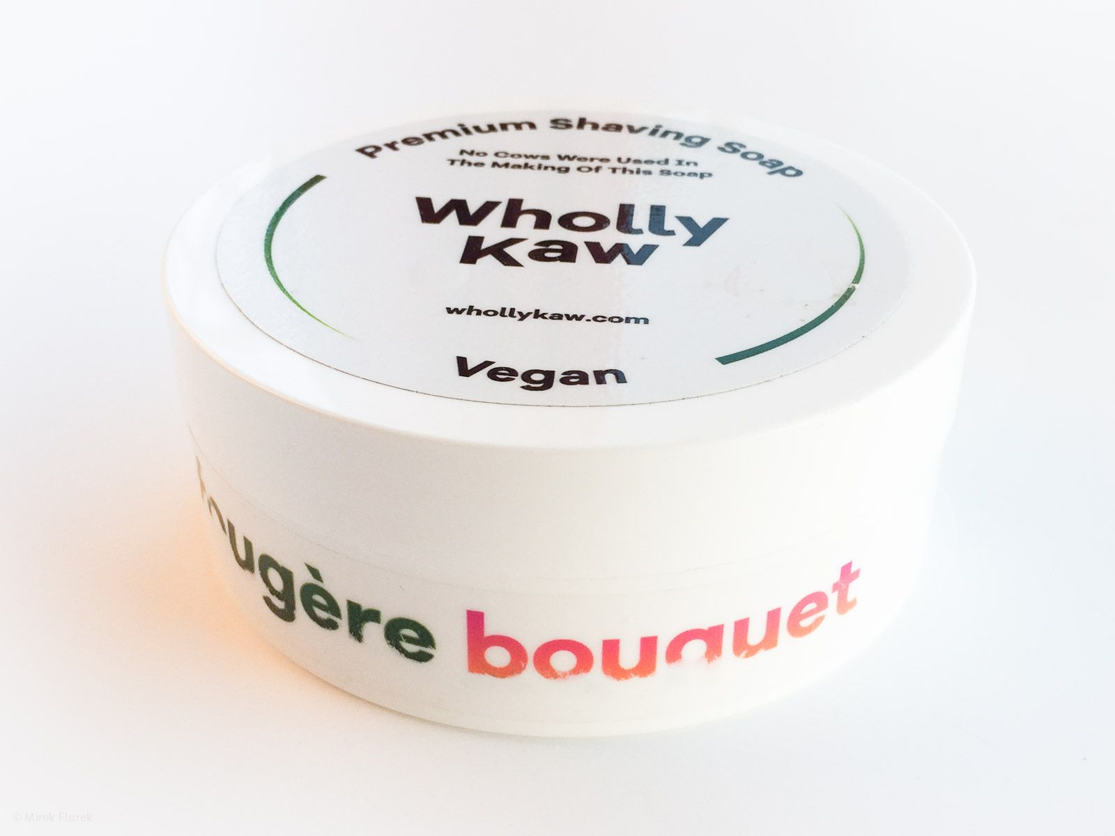 You are currently viewing Wholly Kaw Fougère Bouquet Premium Shaving Soap – recenzja mydła do golenia