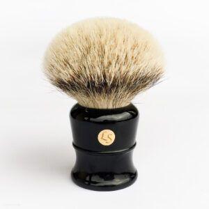 Read more about the article Liojuny Shaving (LS) Silvertip Badger Brush 30 mm – recenzja pędzla do golenia