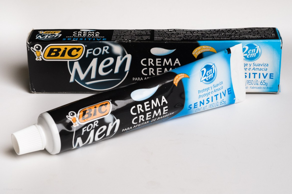 Krem do golenia BiC Sensitive Creme de Barbear (Shaving Cream)