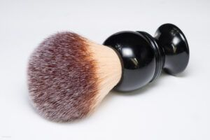 Read more about the article Maggard Razors 24mm Synthetic Shaving Brush, Black Handle – recenzja pędzla do golenia